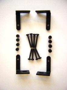 Montagewinkel und Schrauben für Wand- oder Mastbefestigung der BlueSer
